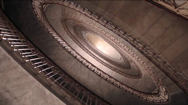 scalinata ellissoidale palazzo mannajuolo napoli velata